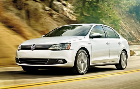 2013-Volkswagen-Jetta-sedan-leasing-ct