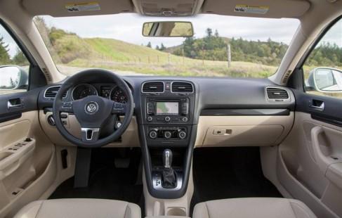 2013_Volkswagen_Jetta_Sportwagen_lease-ny