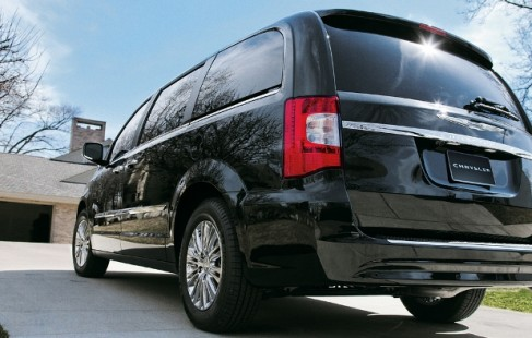 2013 chrysler town & country lease nj